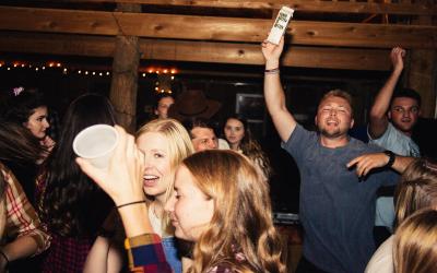 Bar é condenado a pagar indenização por atividades sonoras